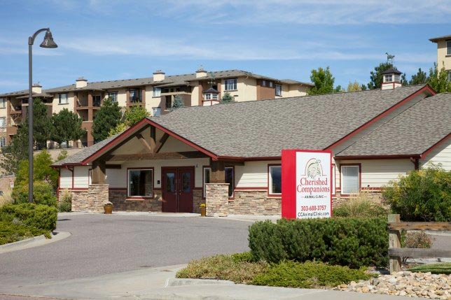 Front view of this Castle Rock veterinary clinic: Cherished Companions